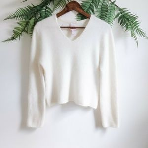 Sweaters - 90's Style Cream Angora V Neck Pullover Sweater